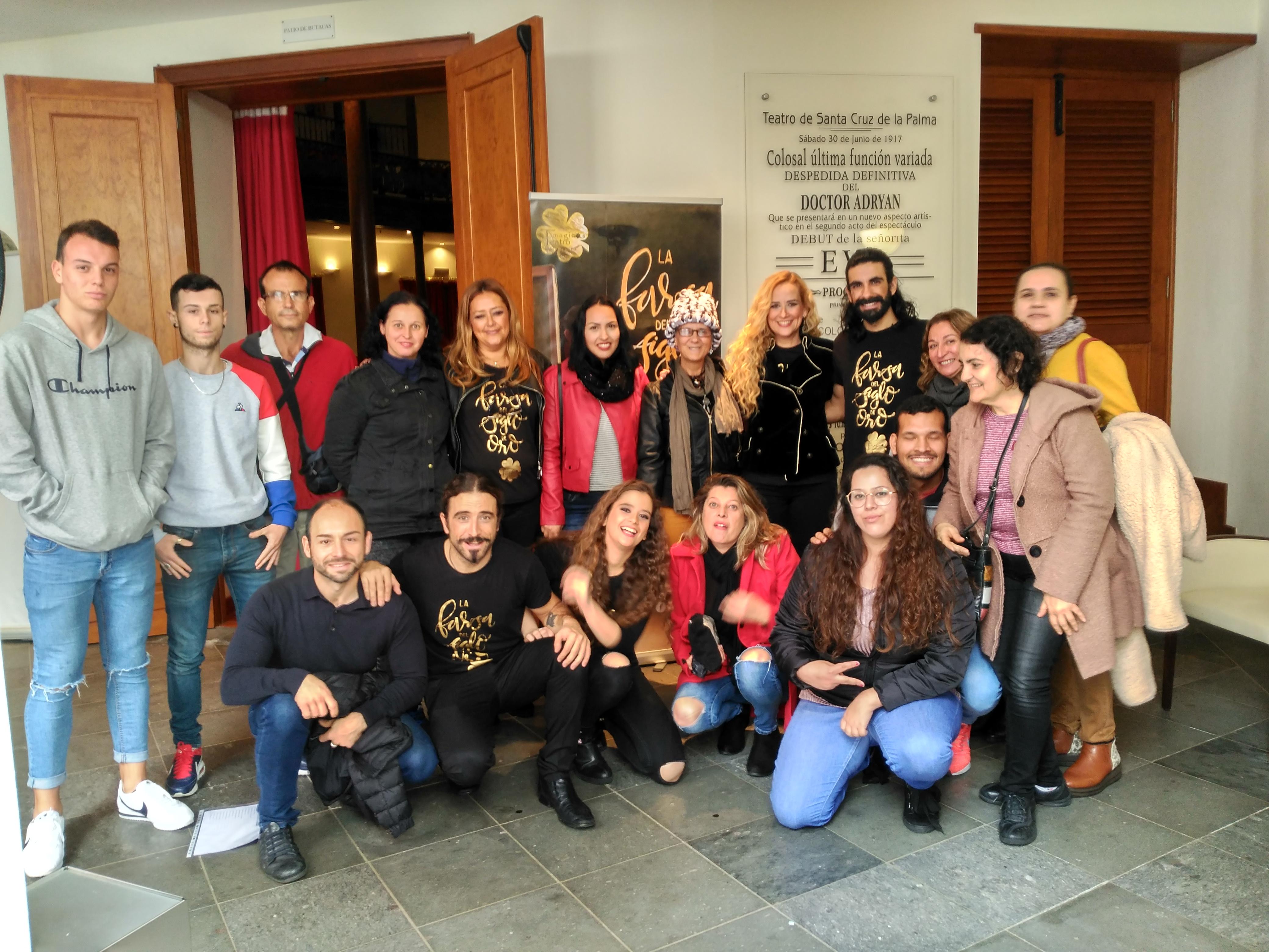Alumnos y profesores del CEPA Guayafanta con el equipo deTimaginas Teatro 24_1_2019